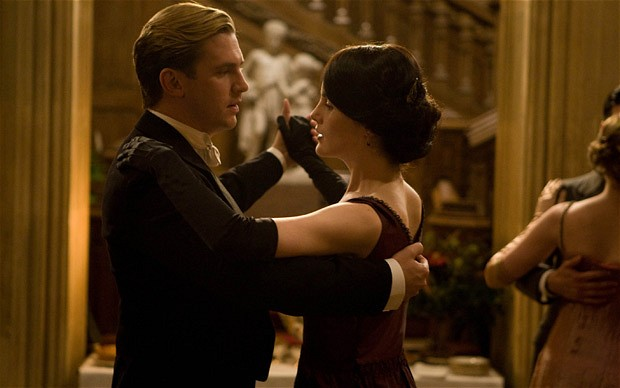 downton-abbey-danc_2071597b